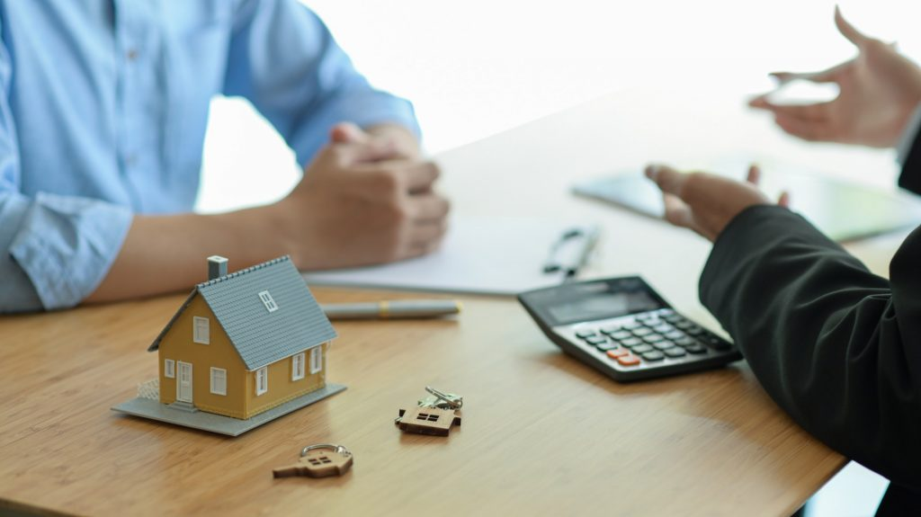 Insurance brokers are introducing real estate insurance programs to clients.